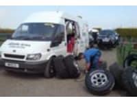 Wills Mobile Tyres logo
